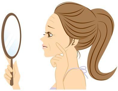 鏡を見てほうれい線を気にする女性のイラスト